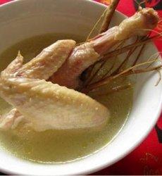 祛风湿、利关节  老桑枝煲鸡肉汤