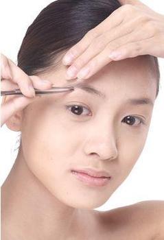 拔眉毛影响健康