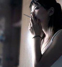 男人爱吸烟,更要懂得吸烟的学问