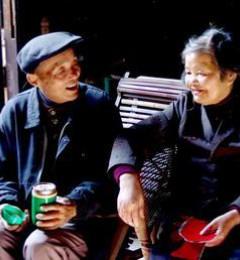 老年夫妻更需心理上关心彼此