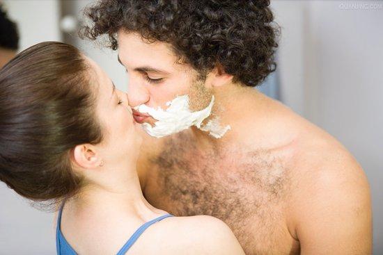 看似简单的剃须方法你做对了吗?