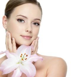 好化妆品很昂贵 省钱小偏方也能打造水润美女