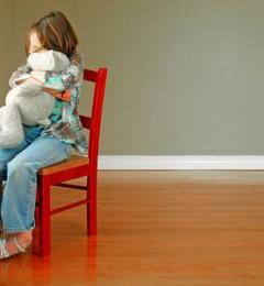 性格内向孩子的自闭症倾向有哪些?