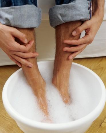 泡脚也能养肾