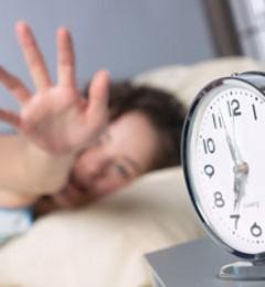 早上起床不知不觉就进行了慢性自杀