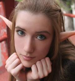 精灵美女更能摄人心弦