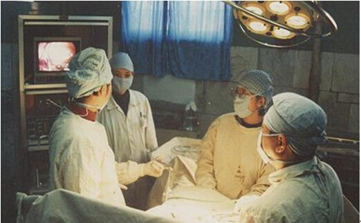 近日,黄石市爱康医院妇科手术室成功开展tvt 0手术