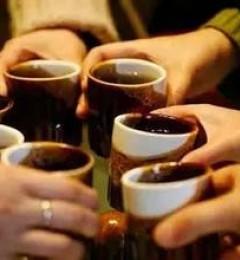 喝茶不解酒 反而伤肾脏