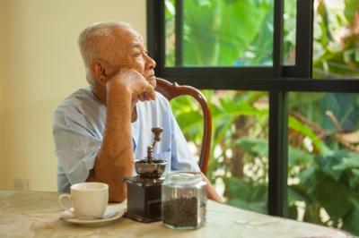 老人尿失禁