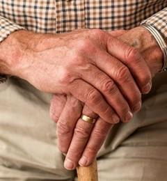 老年人防治骨质疏松的福音:仙灵骨葆