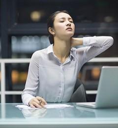 """如何摆脱颈椎病的困扰,抬头""""做人""""?"""