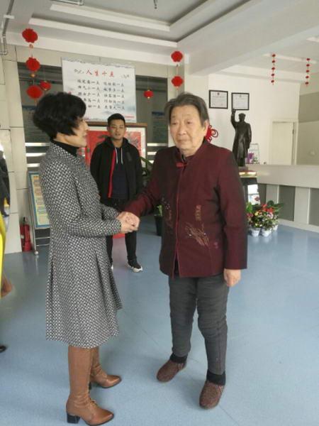 莫三爷应邀赴陕西临潼养老院为老人施药除病