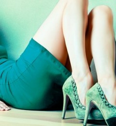 穿合适鞋子可有效减轻女性膝盖受伤