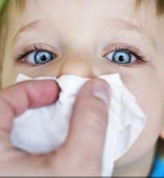 999小儿感冒颗粒提醒家长要重视小孩鼻塞的现象