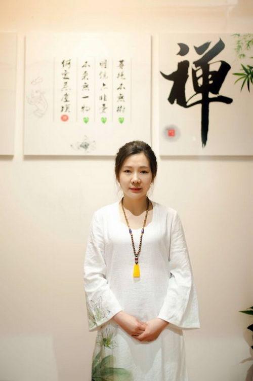 国际瑜伽导师张伟Favour的瑜伽情缘