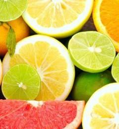 夏天吃些什么能让皮肤白嫩透亮?
