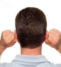 夏日养生揉耳朵 促进血液循环增免疫