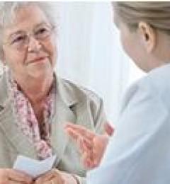 专家研究发现乐观态度女性更长寿的秘密
