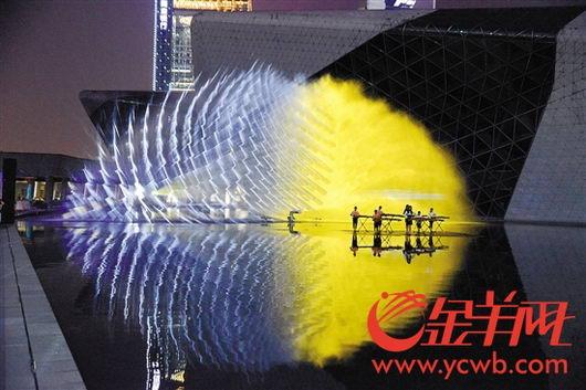"""广州国际灯光节今晚亮灯 地铁APM部分时段将""""飞站"""""""