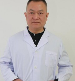 专访成都新生植发院长姜亚:如何避免脱发越来越严重现象