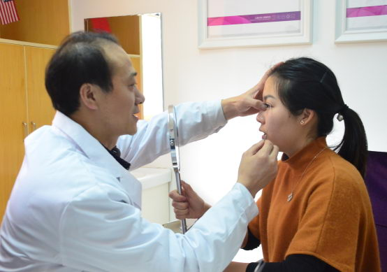 宁波美莱整形姚远教授 割双眼皮之专业大咖