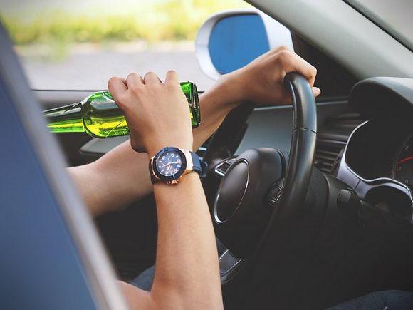 专家观点 如何通过高科技手段杜绝酒驾肇事死亡