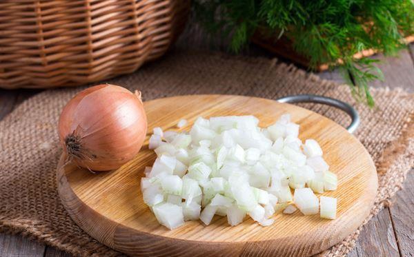 洋葱苹果一起吃会导致甲状腺肿大? 纯属误传