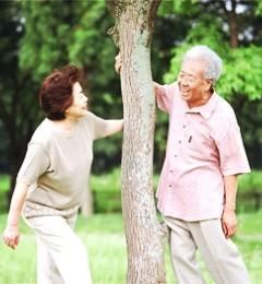 老人养生四要决 越活越年轻!