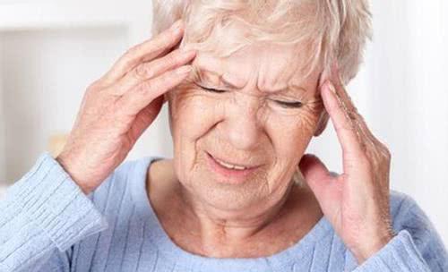 龚洪海浅谈眩晕的原因及症状