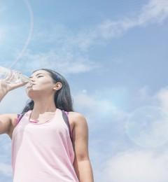 虽然不口渴 但出现这些信号 说明你的体内缺水了
