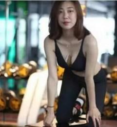【北京艺星丰胸真人案例】假体隆胸让她从一马平川到波涛汹涌
