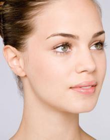 郑州天后医疗美容医院专家  打造迷人眼眸,让你美艳更动人