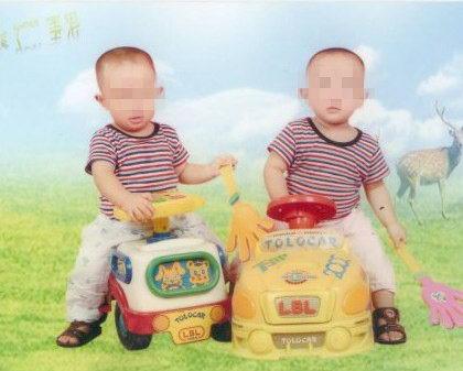一张双胞胎照片背后的故事