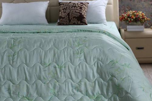 被子?毯子?夏天到底怎么才能在空调房里睡的舒服?