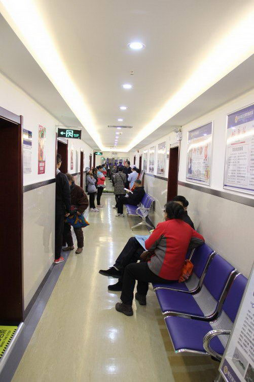 哈尔滨五博医院怎么样:胃炎需要怎么吃饭才更好?
