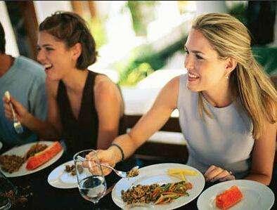 长期饮食不当可导致胃部大出血