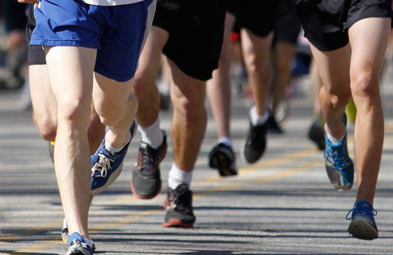 """""""跑跑停停""""加速体脂燃烧、降低复胖风险"""