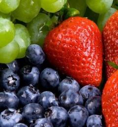 人到中年需要保持脑活力!吃莓果、蔬菜助降低记忆退化风险