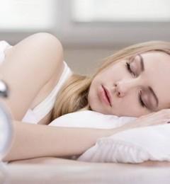 """""""秒睡""""体质真的好吗?这个时间入睡才健康"""