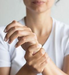 风湿性关节炎患者应远离高尿酸食物
