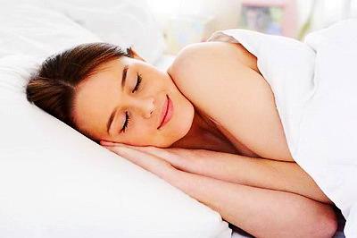 """充足睡眠是女性天然的驻颜""""神药"""""""