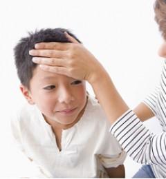 小孩发烧 饮食上要注意什么?