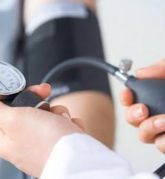 血压高不一定是坏事 应根据个体的需要调整降血压治疗