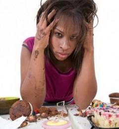 饭桌上生闷气 会影响胃肠健康