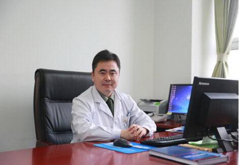 北京何玺玉医生:身材矮小怎么办?该如何长高呢?