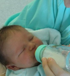 纯母乳哺育婴儿喂养不足对儿童健康的风险