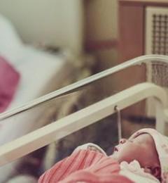 母乳喂养困难女性容易产生产后抑郁症