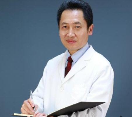 冯传波做双眼皮手术好吗?广州紫馨中国整形与美容外科医师协会委员主任医师双眼皮案例