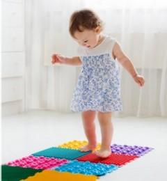 儿童柔韧性扁平足的骄正治疗