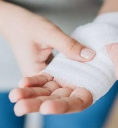 人体皮肤破损如何正确处理才能细菌感染?
